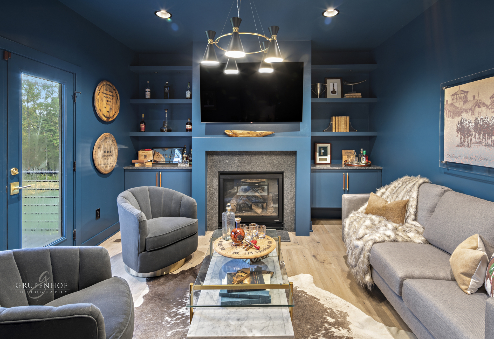 HOMEARAMA® 2021 Floor-to-Ceiling Color